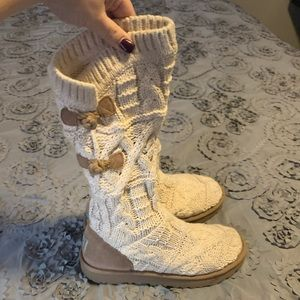 Ugg Kalla Sweater Boots Size 8